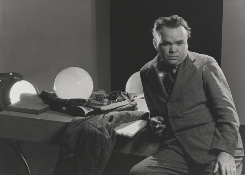 Cyril Connolly, by Cecil Beaton, 1942 - NPG P869(7) - © Cecil Beaton Studio Archive, Sotheby's London