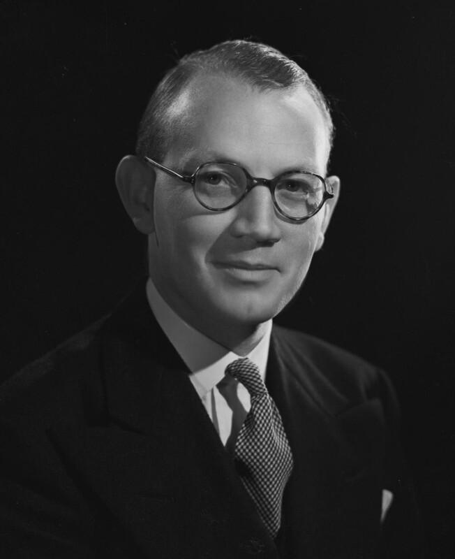 Austin Richard William ('Toby') Low, 1st Baron Aldington, by Bassano Ltd, 22 October 1946 - NPG x73892 - © National Portrait Gallery, London