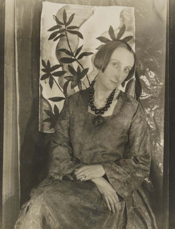 Edith Sitwell, by Cecil Beaton, December 1926 - NPG P868 - © Cecil Beaton Studio Archive, Sotheby's London