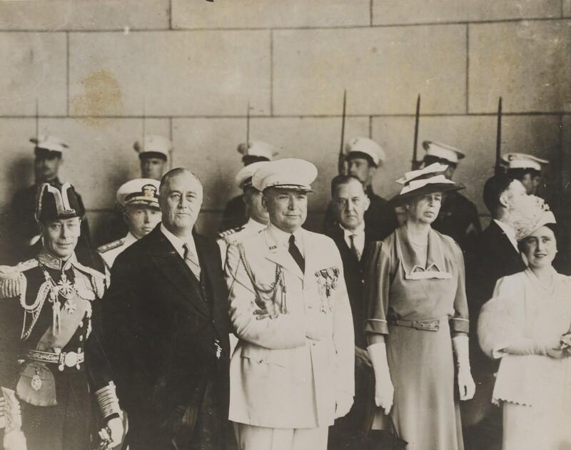 Edwin Watson; Franklin Roosevelt; Eleanor Roosevelt; King George VI; Queen Elizabeth, the Queen Mother, by Unknown photographer, 13 June 1939 - NPG x76557 - © National Portrait Gallery, London