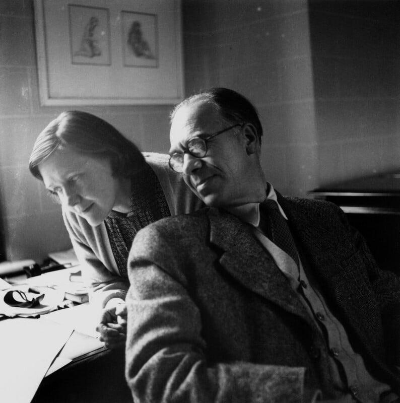 Olive Alwyn (née Pull); William Alwyn, by Lida Moser, 1953 - NPG x76709 - © National Portrait Gallery, London