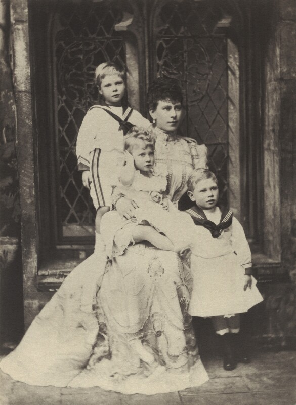'The Duchess of York with Princes Edward and Albert and Princess Mary' (Prince Edward, Duke of Windsor (King Edward VIII); Princess Mary, Countess of Harewood; Queen Mary; King George VI), by Alice Hughes, circa 1900 - NPG x76713 - © National Portrait Gallery, London