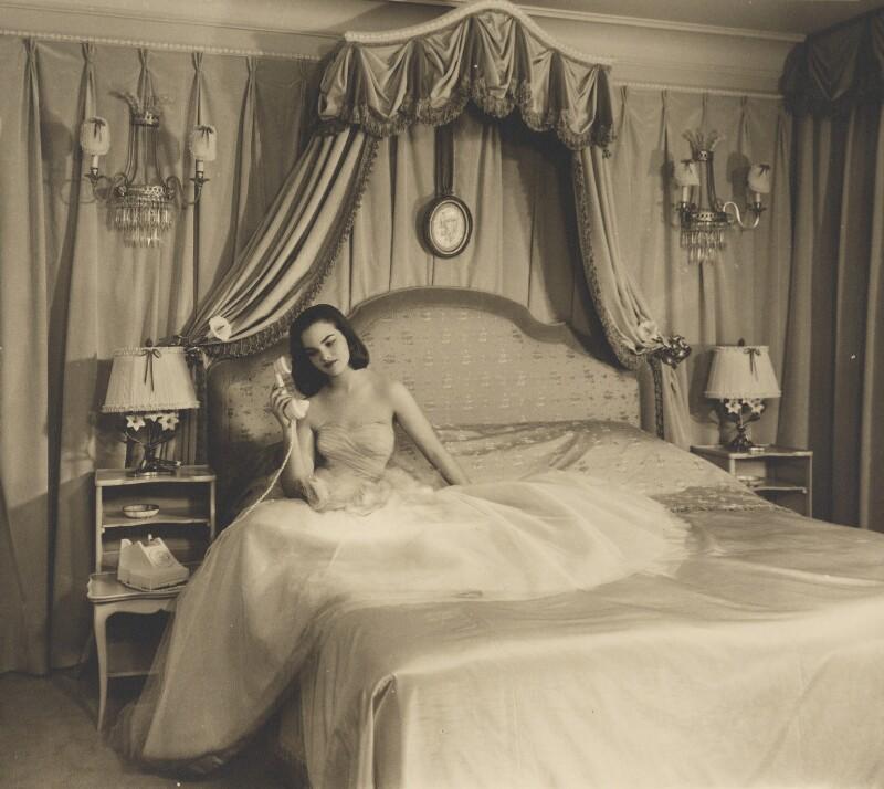 Henrietta Joan (née Tiarks), Duchess of Bedford, by Dorothy Wilding, 1957 - NPG x34869 - © William Hustler and Georgina Hustler / National Portrait Gallery, London