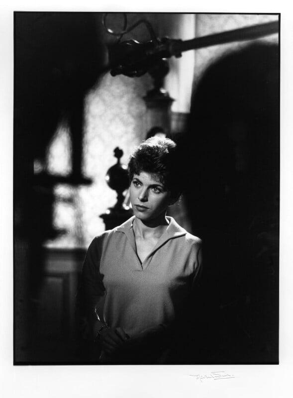 Billie Whitelaw, by Michael Ward, 16 November 1960 - NPG x46680 - © Michael Ward Archives / National Portrait Gallery, London