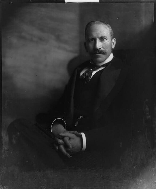 Alfred Milner, Viscount Milner, by Henry Walter ('H. Walter') Barnett, early 1900s - NPG x81545 - © National Portrait Gallery, London