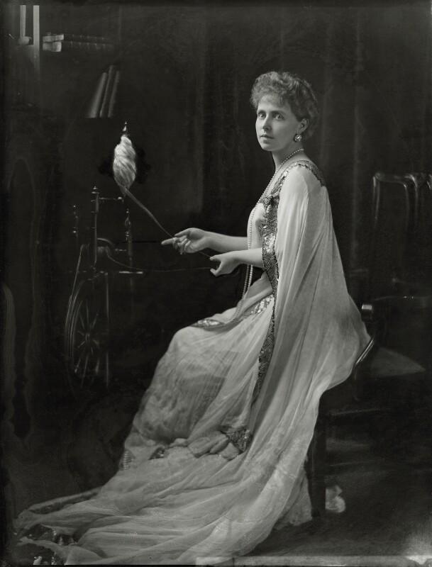 Marie, Queen of Romania, by H. Walter Barnett, circa 1902 - NPG x81677 - © National Portrait Gallery, London