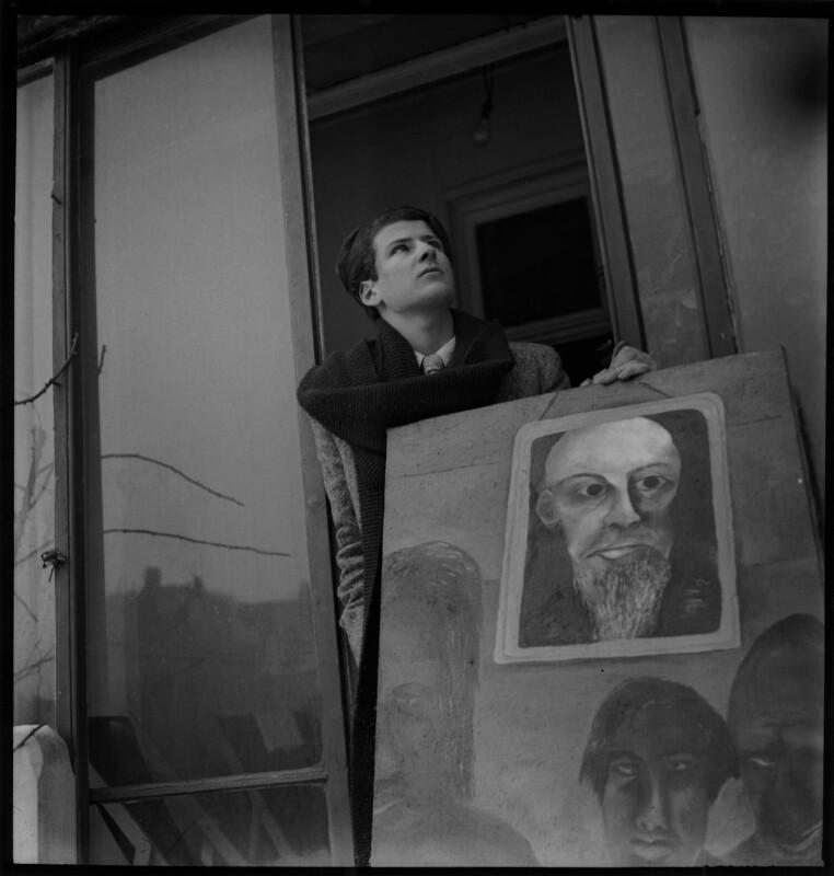 Lucian Freud, by Francis Goodman, circa 1945 - NPG x87289 - © National Portrait Gallery, London