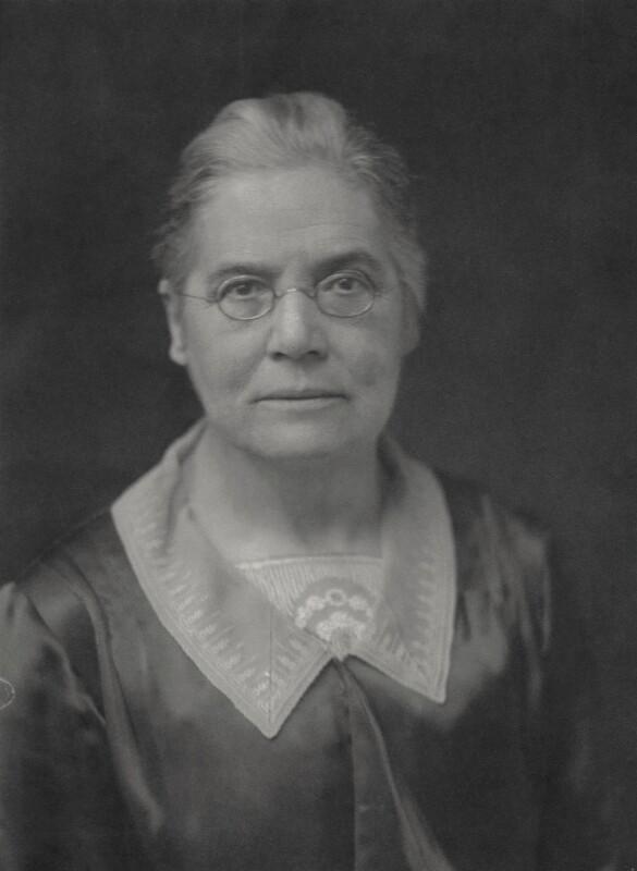 (Arabella) Susan Lawrence, by Walter Stoneman, 1930 - NPG x87662 - © National Portrait Gallery, London