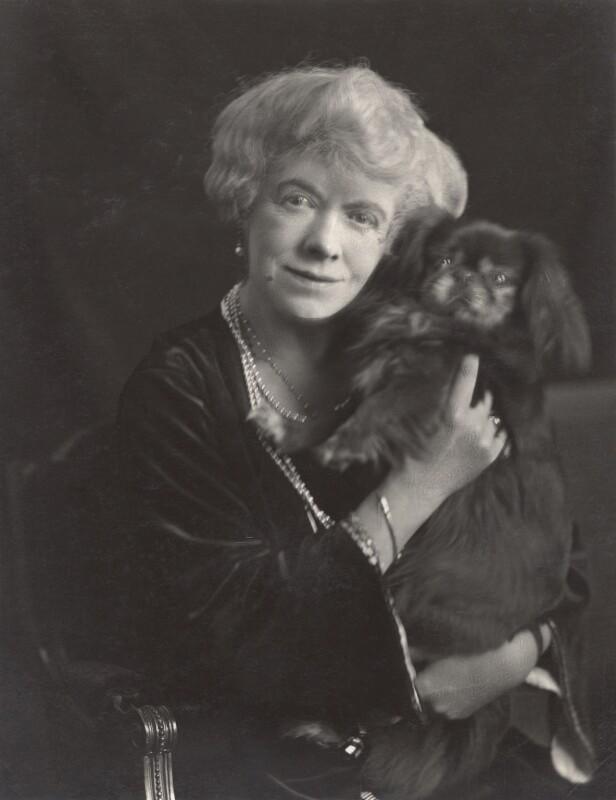 Florence Jane (née Théleur), Lady Alexander, by Henry Walter ('H. Walter') Barnett, 1915-1920 - NPG x45394 - © National Portrait Gallery, London