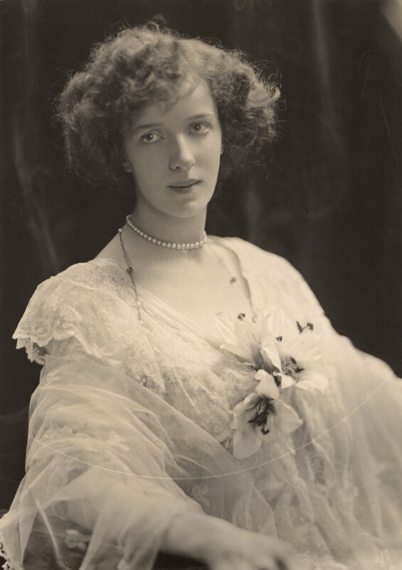 Lilian Florence Maud Paget (née Chetwynd), Marchioness of Anglesey (later Gilliat), by H. Walter Barnett, 1902 - NPG x45397 - © National Portrait Gallery, London