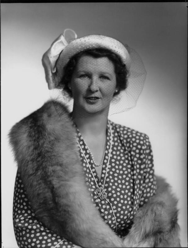 Hon. Mabel Nancy Mercer Ainscow (née Siddlely), by Navana Vandyk, 19 May 1949 - NPG x97272 - © National Portrait Gallery, London