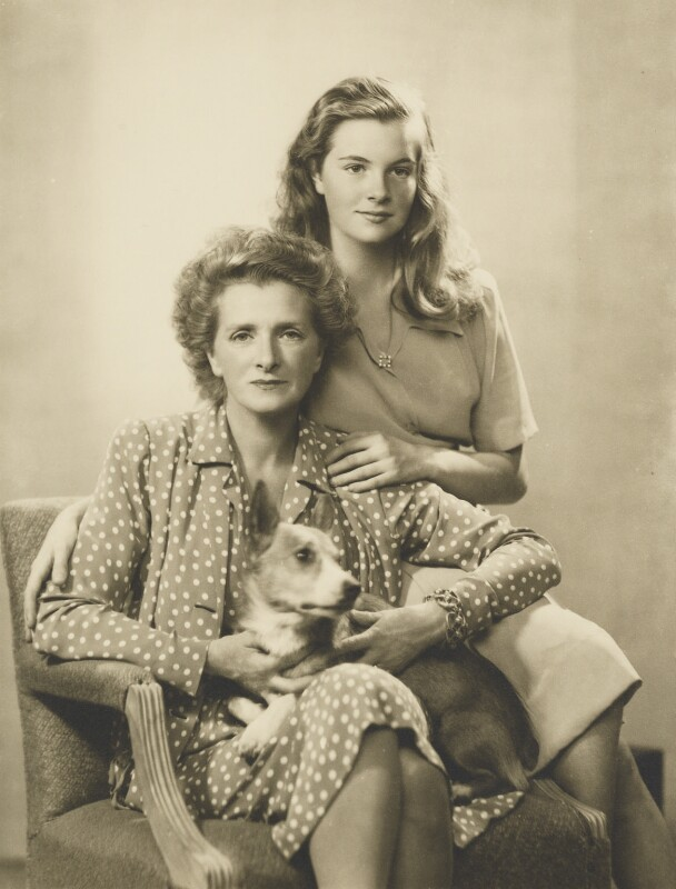 Dame Gladys Cooper with her daughter Sally Pearson (née Cooper), by Dorothy Wilding, 1942 - NPG x6389 - © National Portrait Gallery, London