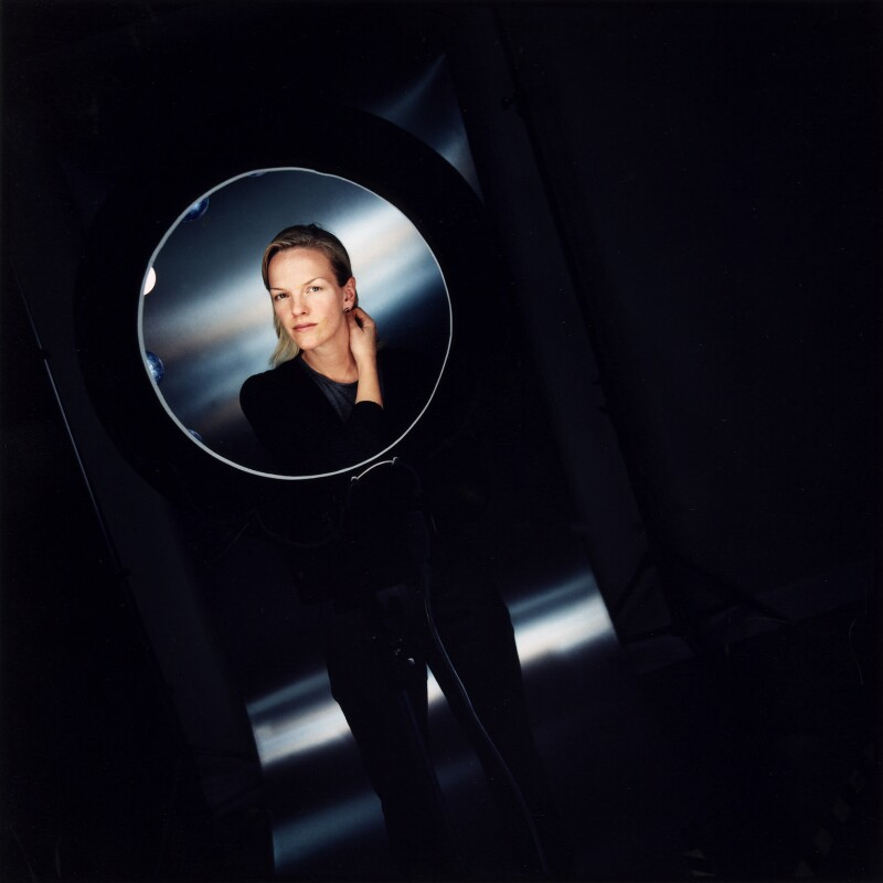 Elisabeth Murdoch, by Sarah Dunn, 20 December 1999 - NPG x88711 - © National Portrait Gallery, London