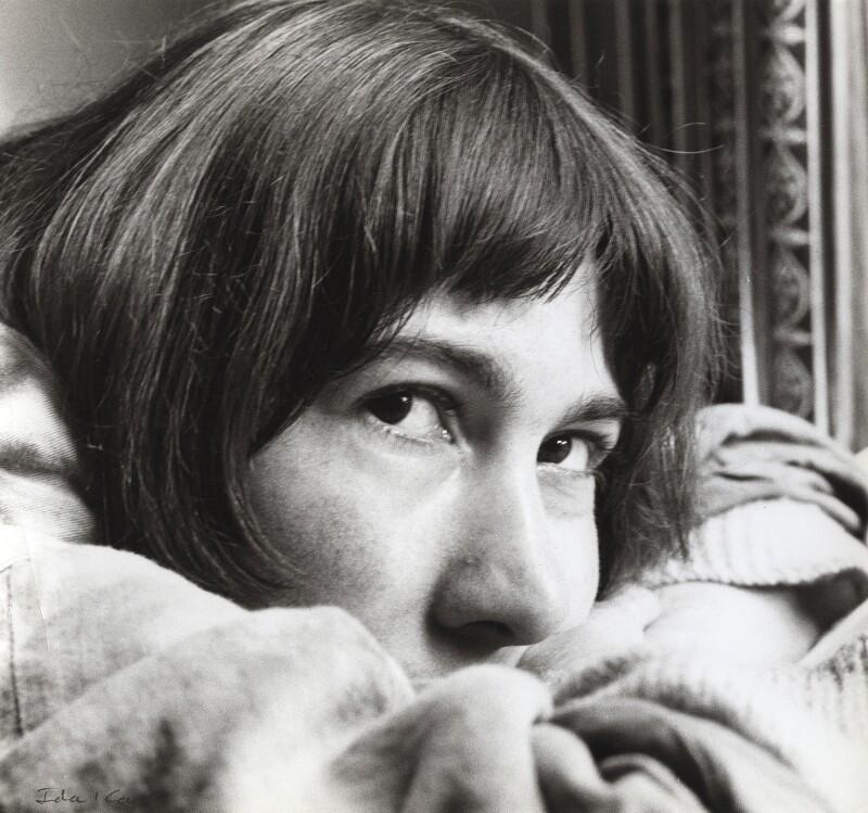 NPG x132739; Laura Del Rivo - Portrait - National Portrait Gallery