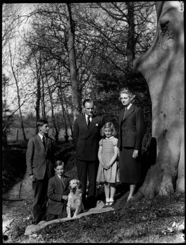 The Allhusen family, by Navana Vandyk, 21 April 1953 - NPG x98996 - © National Portrait Gallery, London