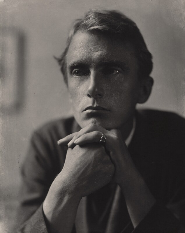Edward Thomas, by Emil Otto ('E.O.') Hoppé, 1911 - NPG x132915 - © 2017 E.O. Hoppé Estate Collection / Curatorial Assistance Inc.