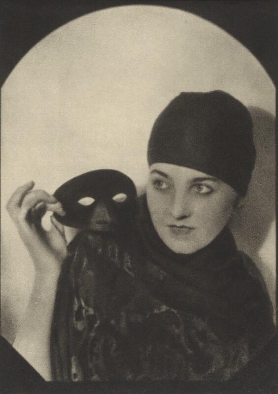 Kathlene Martyn, by Emil Otto ('E.O.') Hoppé, circa 1917 - NPG Ax132930 - © 2017 E.O. Hoppé Estate Collection / Curatorial Assistance Inc.