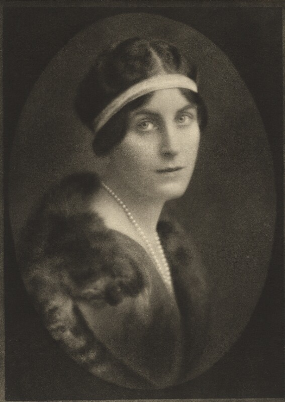 Margaretta Armstrong Finch-Hatton (née Drexel), Countess of Winchilsea and Nottingham, by E.O. Hoppé, published 1921 - NPG Ax132946 - © 2018 E.O. Hoppé Estate Collection / Curatorial Assistance Inc.