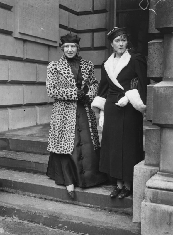 Laura Knight; Doris Margaret ('Dod') Procter (née Shaw), by Edward George W. Malindine, for  Daily Herald, 30 April 1937 - NPG x74795 - © Science & Society Picture Library / National Portrait Gallery, London