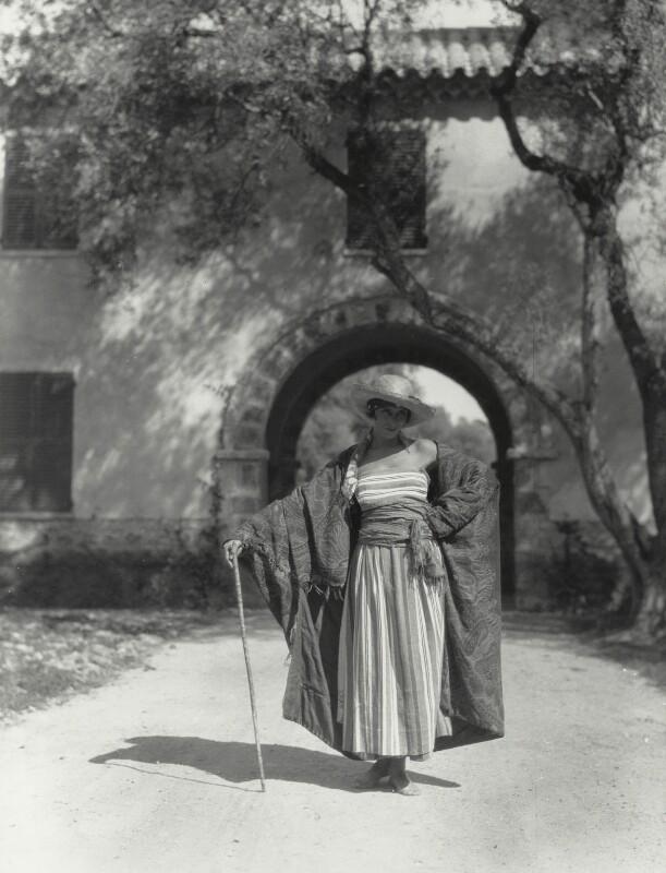 Margaret Morris, by Fred Daniels, 1920s - NPG x133209 - © Estate of Fred Daniels / National Portrait Gallery, London