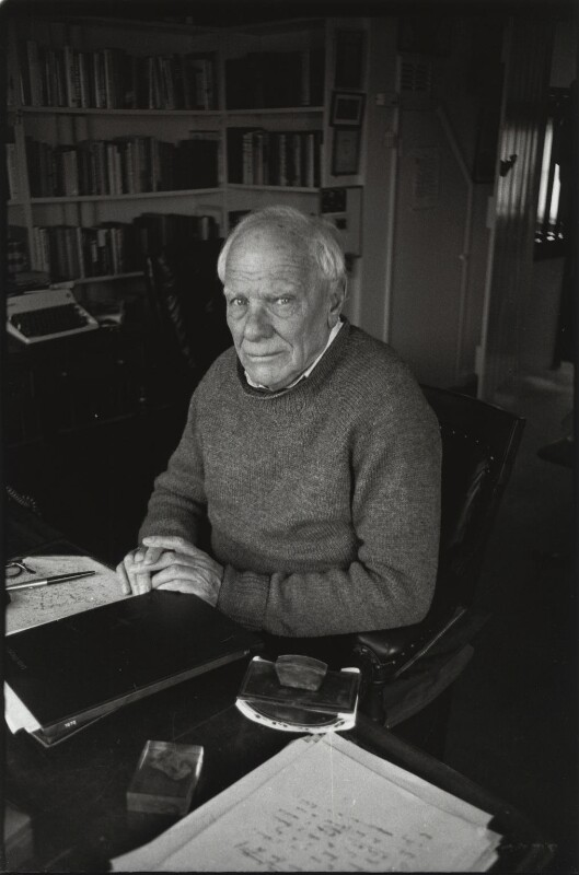 Malcolm Muggeridge, by Eric Hands, mid 1970s - NPG x133195 - © Eric Hands / National Portrait Gallery, London