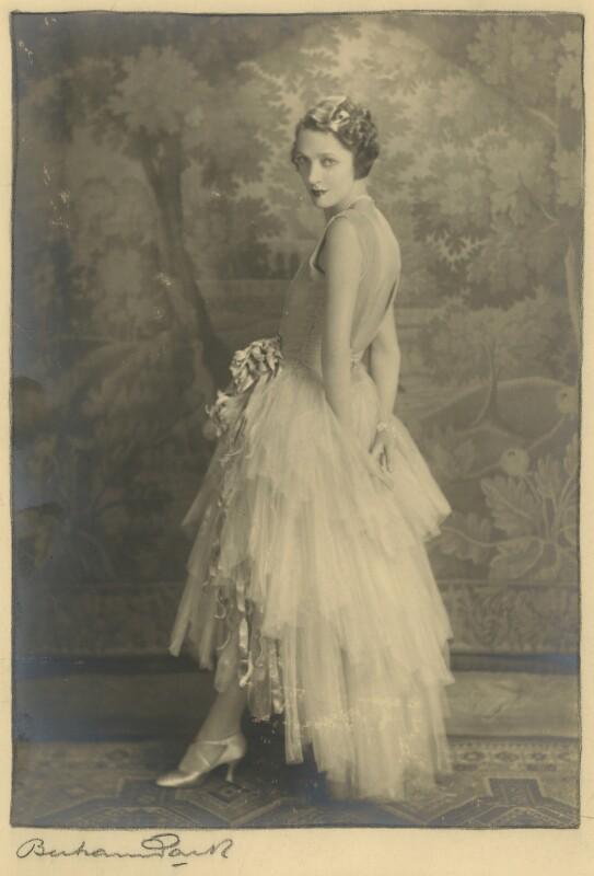 Gertrude Lawrence, by Bertram Park, 1928 - NPG x133225 - © estate of Bertram Park / National Portrait Gallery, London
