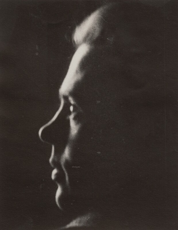 Victor Musgrave, by Ida Kar, 1943-1944 - NPG x134017 - © National Portrait Gallery, London