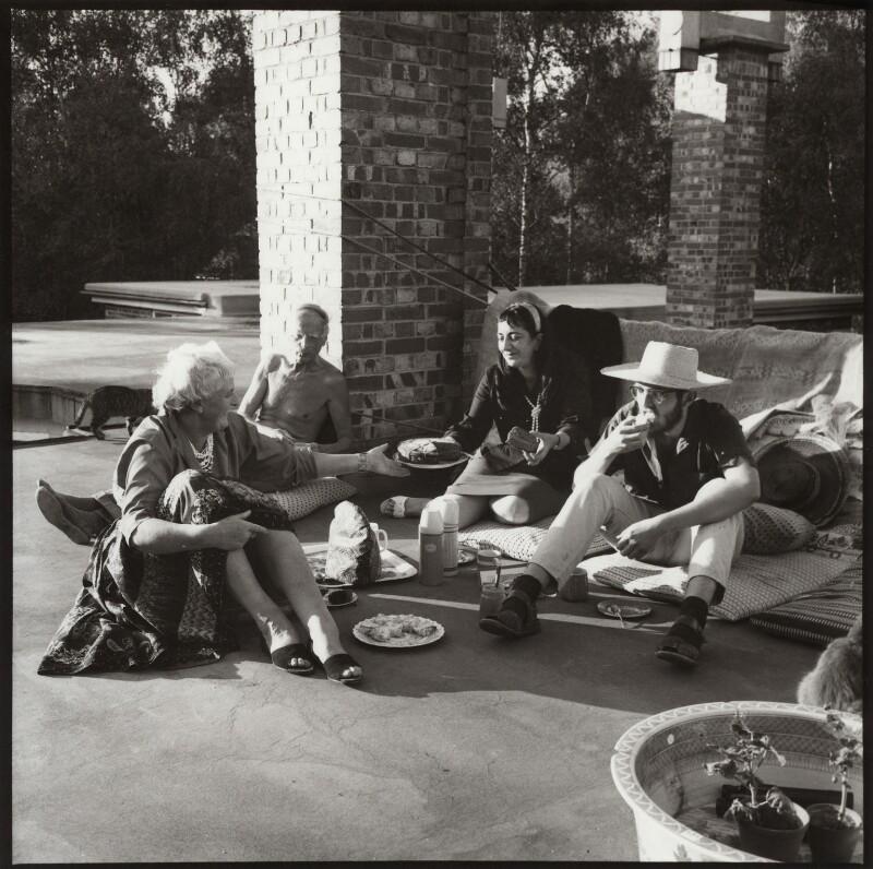 Mary Cranford ('Mollie') Hitchens (née Coates); Ivon Hitchens; Ida Kar; John Hitchens, by Ida Kar, circa 1959 - NPG x134164 - © National Portrait Gallery, London