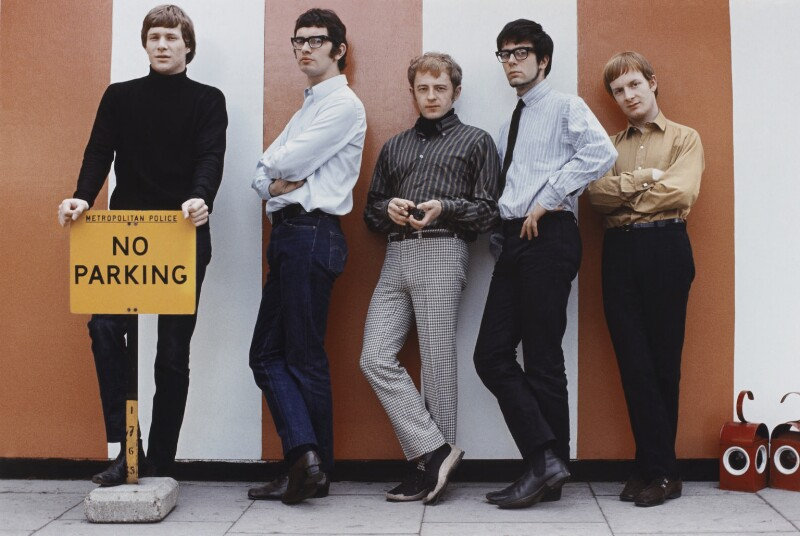 Manfred Mann (Paul Jones, Tom McGuinness, Mike Hugg, Manfred Mann, Mike Vickers), by Tony Frank, 1965 - NPG P1379 - © tonyfrank / National Portrait Gallery, London