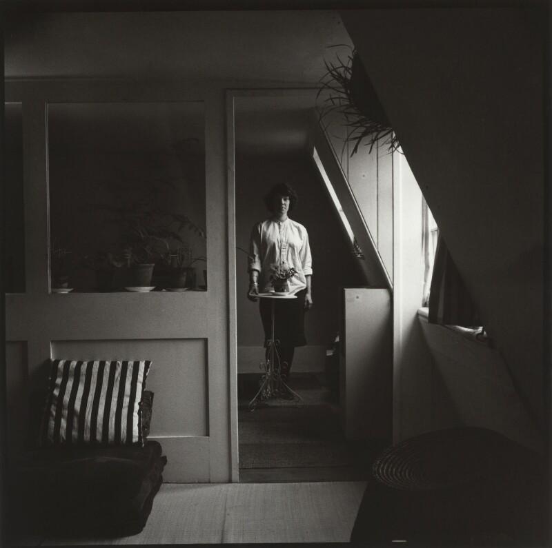 Jane Kasmin, by Ida Kar, 1959 - NPG x134446 - © National Portrait Gallery, London