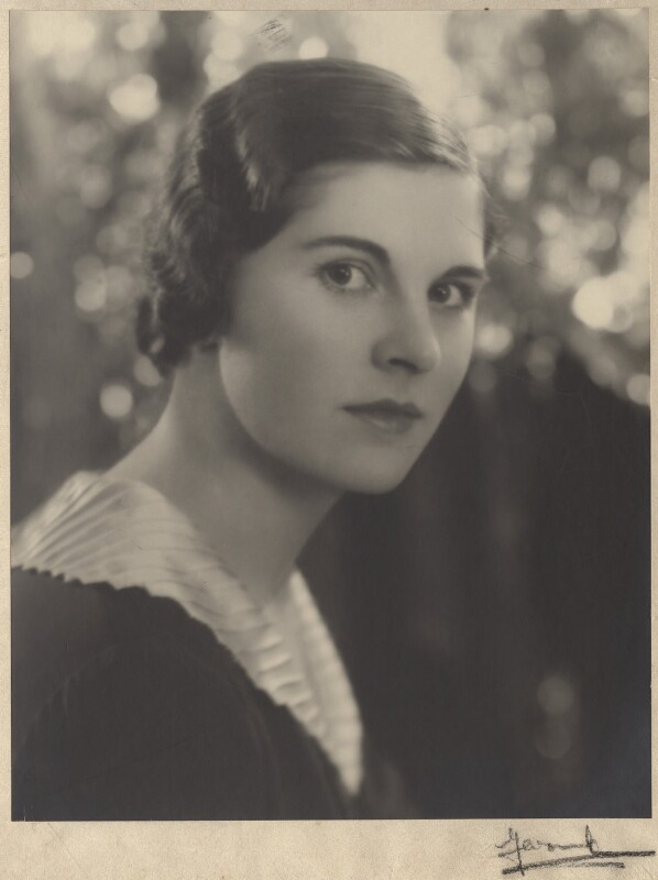 Lady Alexandra Henrietta Louisa Haig (later Alexandra Trevor-Roper, Lady Dacre), by Madame Yevonde, early 1930s - NPG x134561 - © Yevonde Portrait Archive / Mary Evans Picture Library