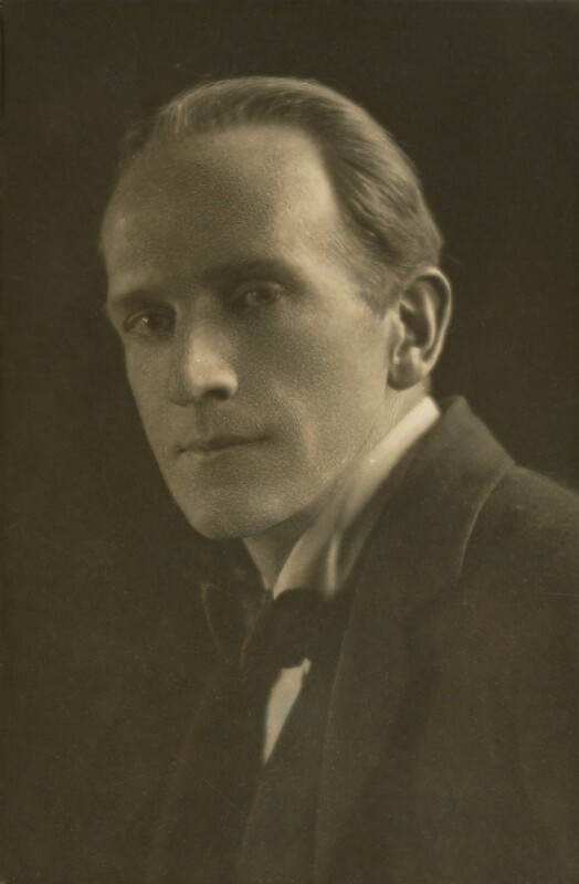 A.A. Milne, by Emil Otto ('E.O.') Hoppé, 1916 - NPG P1396 - © 2017 E.O. Hoppé Estate Collection / Curatorial Assistance Inc.