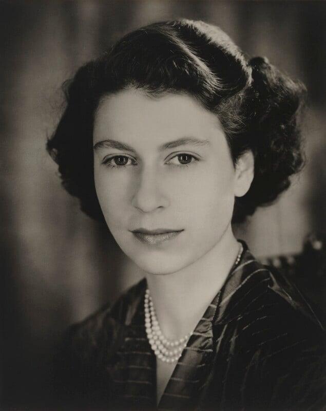 NPG P1419; Queen Elizabeth II - Portrait - National ...