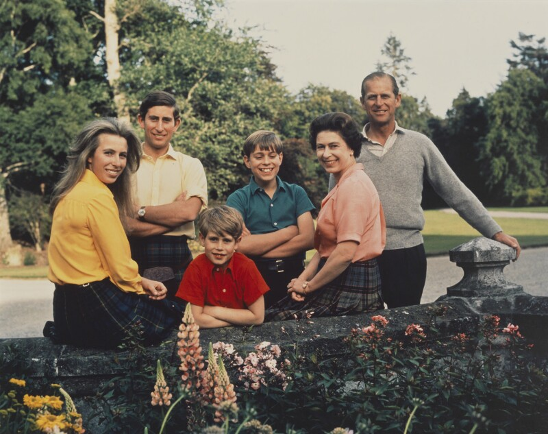 Queen Elizabeth II and her family, by Patrick Lichfield, Summer 1972 - NPG P1578 - © Lichfield; On loan from American Friends of the National Portrait Gallery (London) Foundation, Inc.: Gift of Mr. Ford Hill.