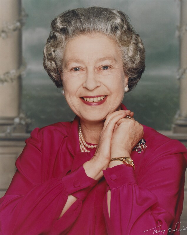 30 of Our Favorite Portraits of Queen Elizabeth II to
