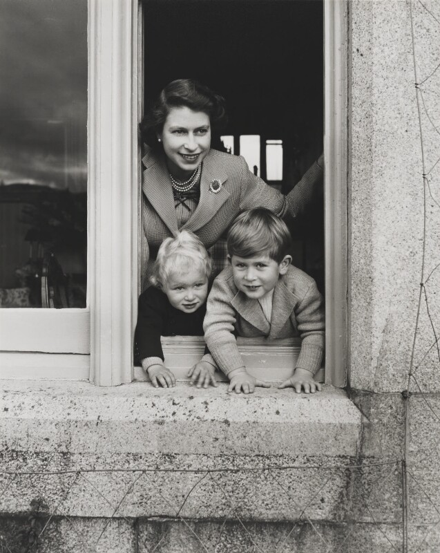 Twitter   Queen mother, Princess anne, Prince charles