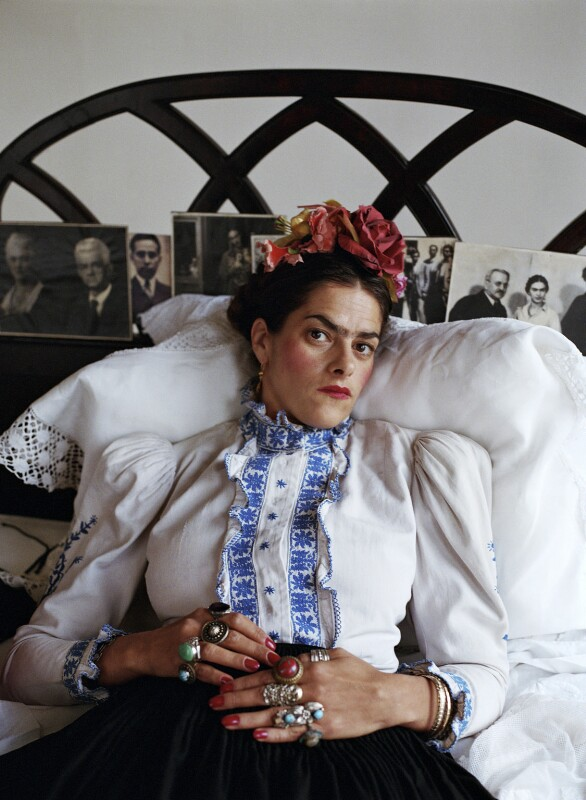 Tracey Emin as Frida Kahlo, by Mary McCartney, 2000 - NPG x134339 - © Mary McCartney
