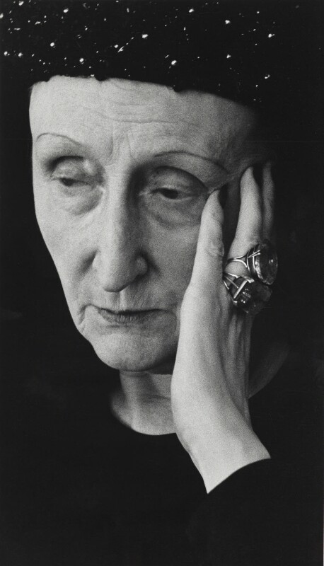 Edith Sitwell, by Rollie McKenna, 1953 - NPG P1682 - © Rosalie Thorne McKenna Foundation; Courtesy Center for Creative Photography, University of Arizona Foundation