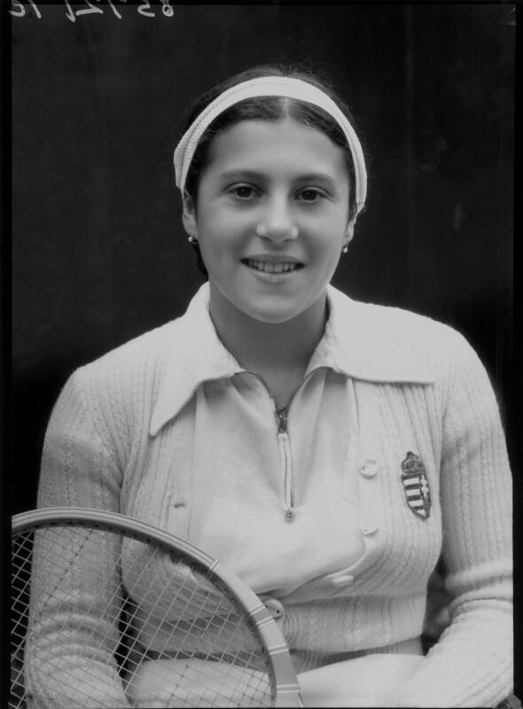 Zsuzsa Körmöczy, by Bassano Ltd, 19 April 1939 - NPG x156228 - © National Portrait Gallery, London
