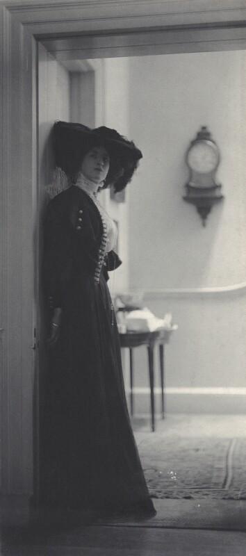 Lady Ottoline Morrell, by Cavendish Morton, circa 1907 - NPG x135380 - © National Portrait Gallery, London