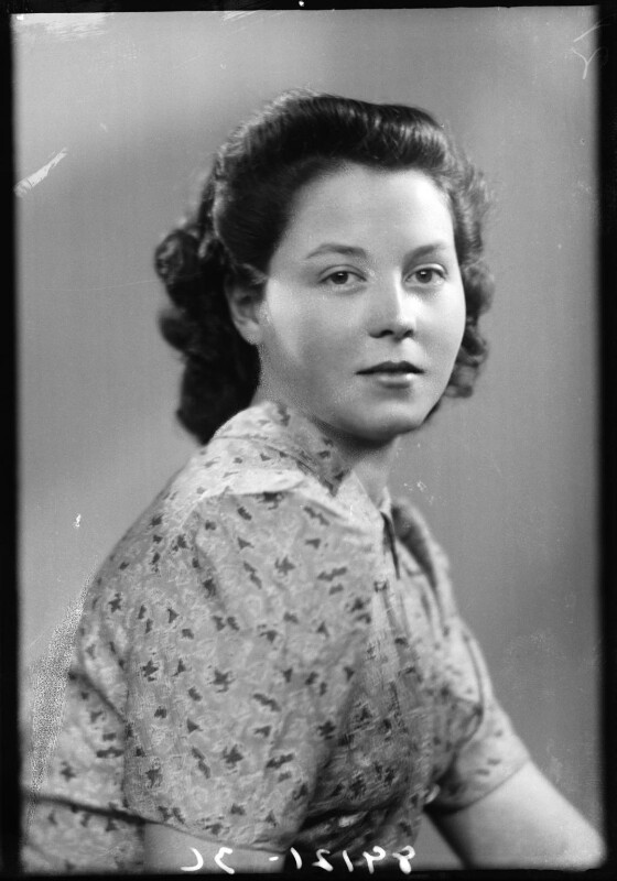 Hon. Barbara Buswell (née Fisher), by Bassano Ltd, 23 January 1943 - NPG x178603 - © National Portrait Gallery, London