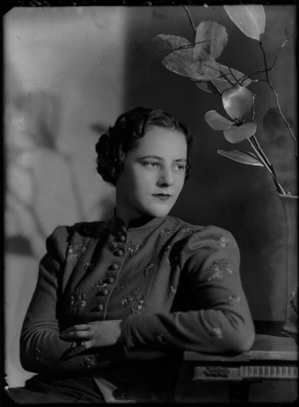 Hon. Lelgarde De Clare Elizabeth Evans (née Philipps), by Bassano Ltd, 7 January 1937 - NPG x179008 - © National Portrait Gallery, London