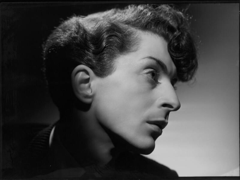 Quentin Crisp, by Angus McBean, 1941 - NPG x135801 - © estate of Angus McBean / National Portrait Gallery, London