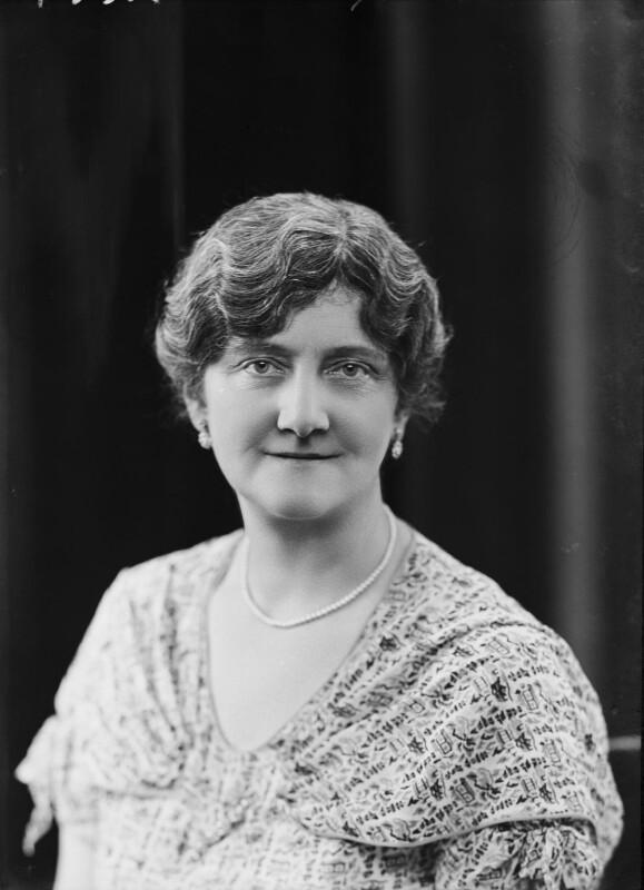 Elaine Carlisle (née Leach), Lady Bellew of Barmeath, by Bassano Ltd, 7 June 1934 - NPG x104996 - © National Portrait Gallery, London
