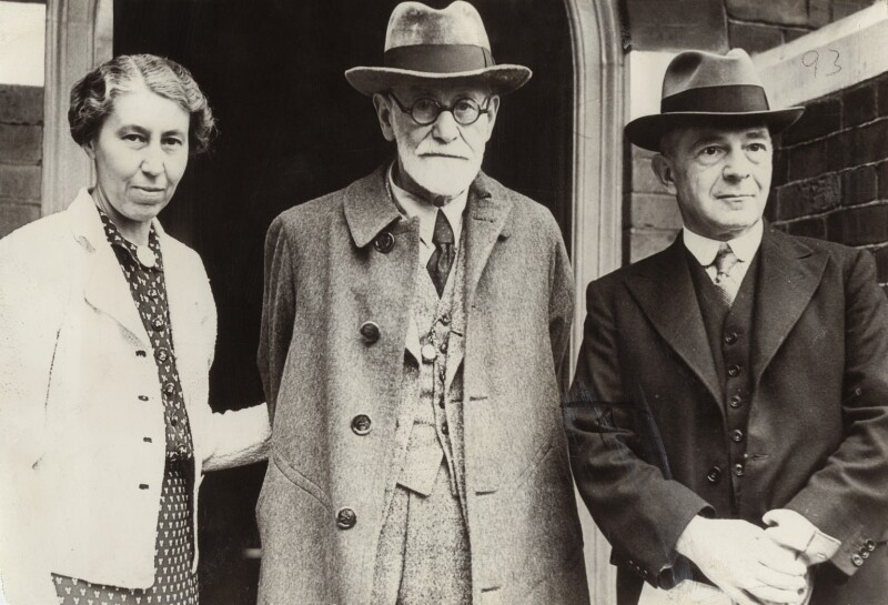 Mathilde Hollitscher (née Freud); Sigmund Freud; Alfred Ernest Jones, by Unknown photographer, for  International News Photos, 1938 - NPG x135930 - © National Portrait Gallery, London