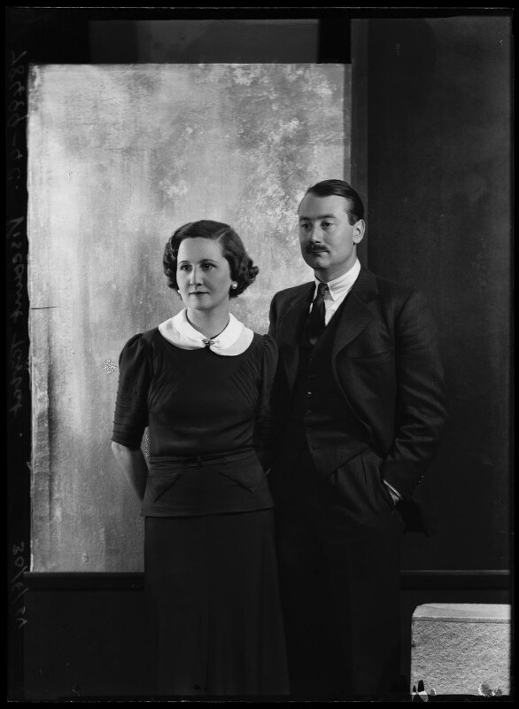 Roderick Mackenzie, 4th Earl Cromartie; Dorothy Blunt-Mackenzie (née Downing), Viscountess Tarbat, by Bassano Ltd, 30 June 1934 - NPG x105050 - © National Portrait Gallery, London