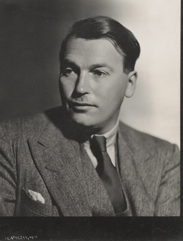 (Edward Godfree) Richard Aldington, by Howard Coster, 1931 - NPG Ax136125 - © National Portrait Gallery, London