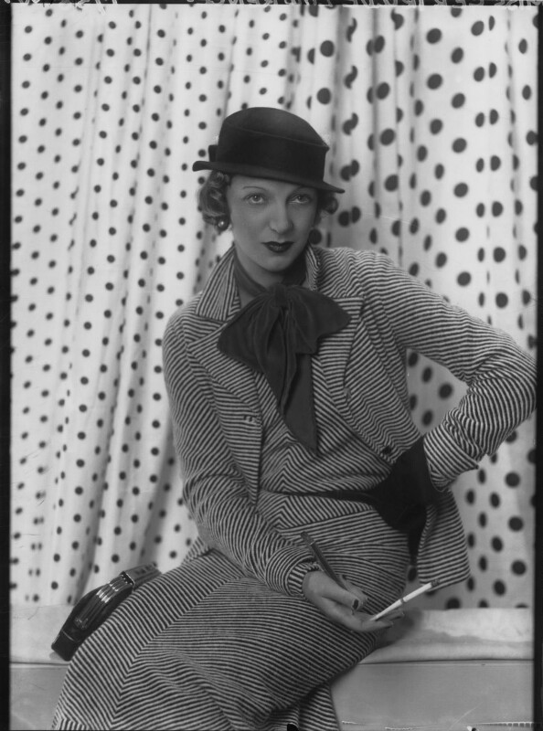 Gertrude Lawrence, by Paul Tanqueray, 1932 - NPG x180223 - © estate of Paul Tanqueray
