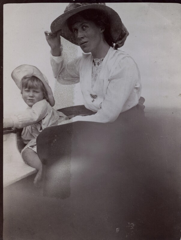 Julian Heward Bell; Vanessa Bell, by Unknown photographer, 1910 - NPG x136462 - © National Portrait Gallery, London