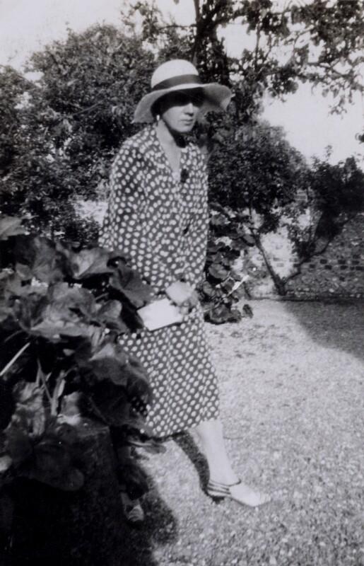 Vanessa Bell (née Stephen), by Helen Morris (née Souter), June 1931 - NPG x136466 - © reserved; collection National Portrait Gallery, London